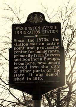 historical sign at WSashington Avenue and Columbus Boulevard at the entrance to the Park